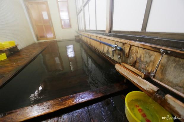 渋温泉 六番湯