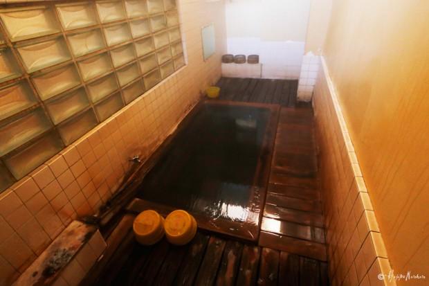 渋温泉 八番湯